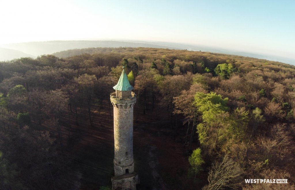 Humbergturm aus der Luft