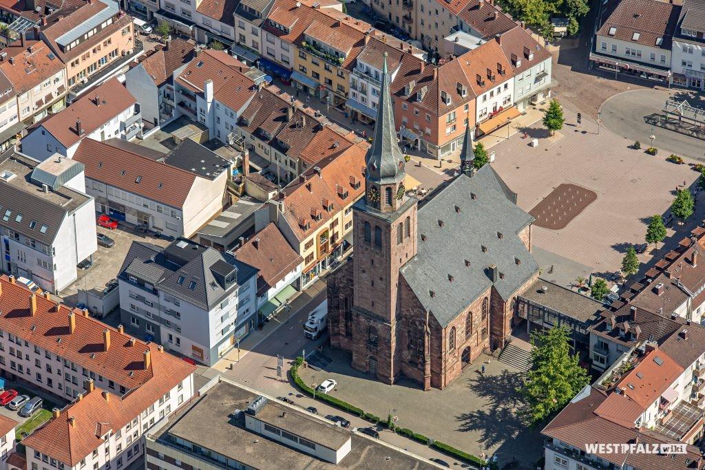 Alexanderskirche aus der Luft