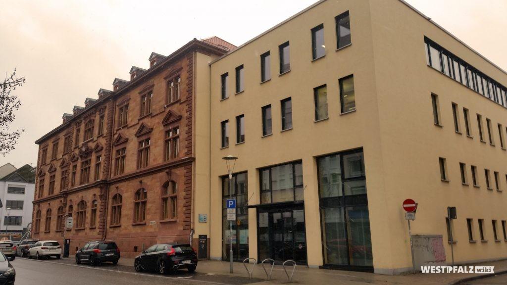 Blick auf das Finanzamt in Kaiserslautern