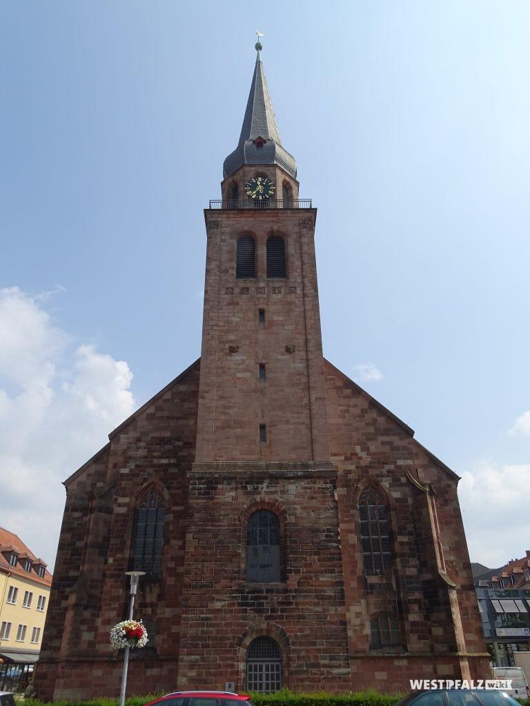 Süd-Ost-Fassade der Alexanderskirche in Zweibrücken