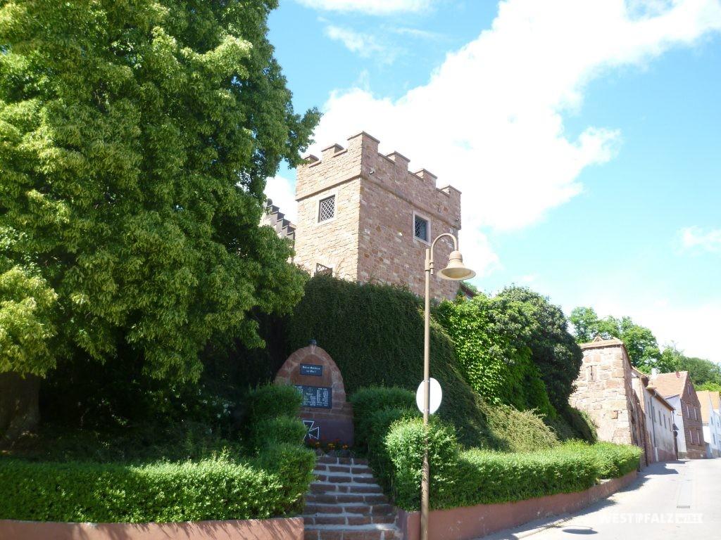 Glockenturm in Stauf