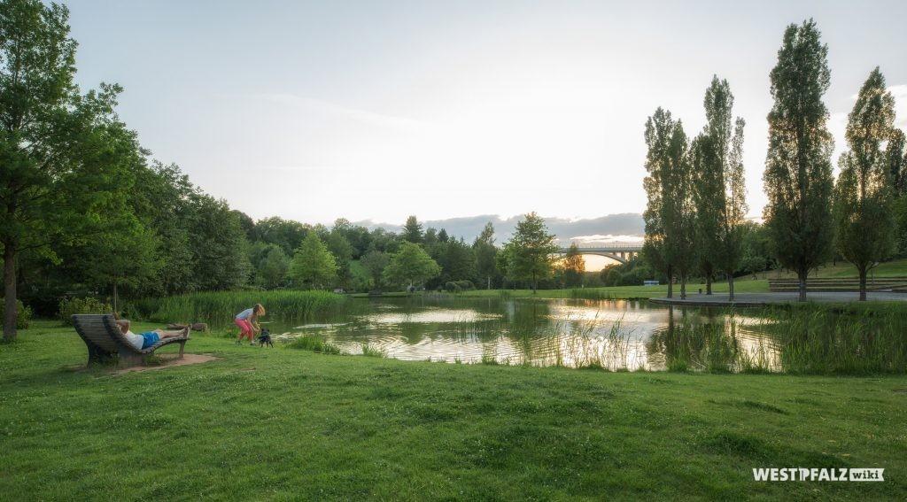 See im Strecktalpark in Pirmasens.