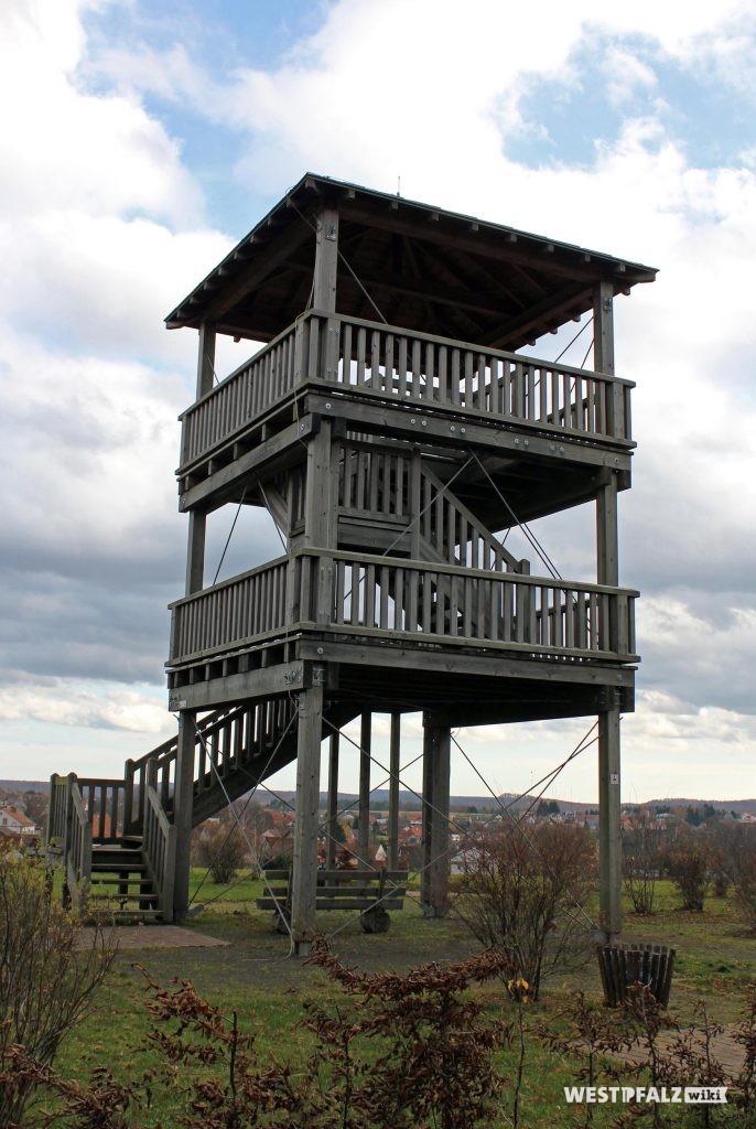 Frontansicht Heltersberger Turm