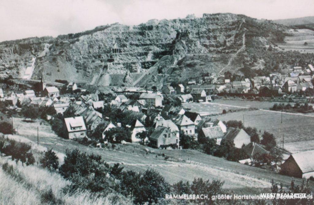 Historische Aufnahme des Ortes Rammelsbach und des Steinbruchs