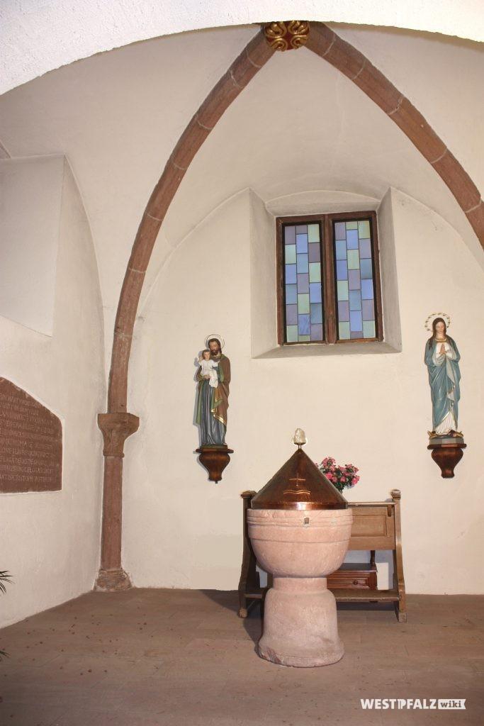 Altes Chor von 1220