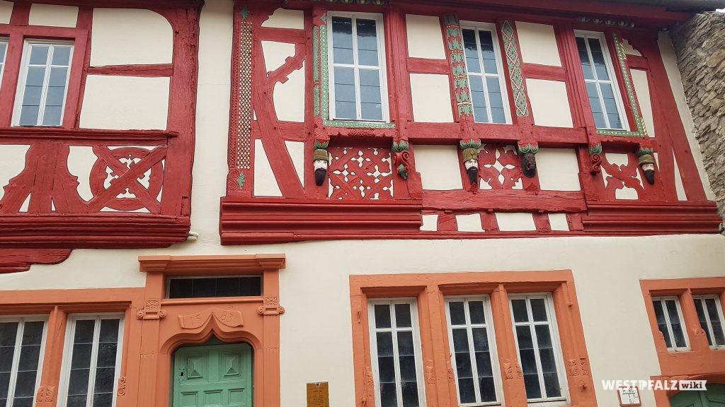 Schuck'sches Haus Obermoschel  -Teilansicht Außenfassade