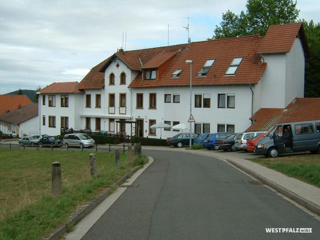 Das heutige Seniorenwohnheim Politzky in Ramsen.