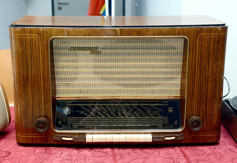 Exponat: Nostalgisches Radio
