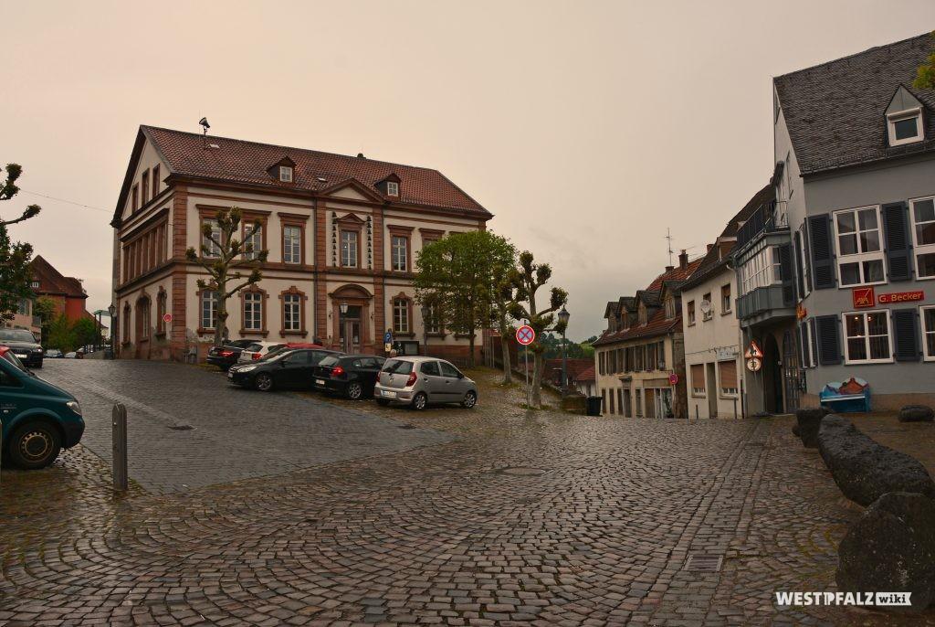Rathaus am Marktplatz in Kusel