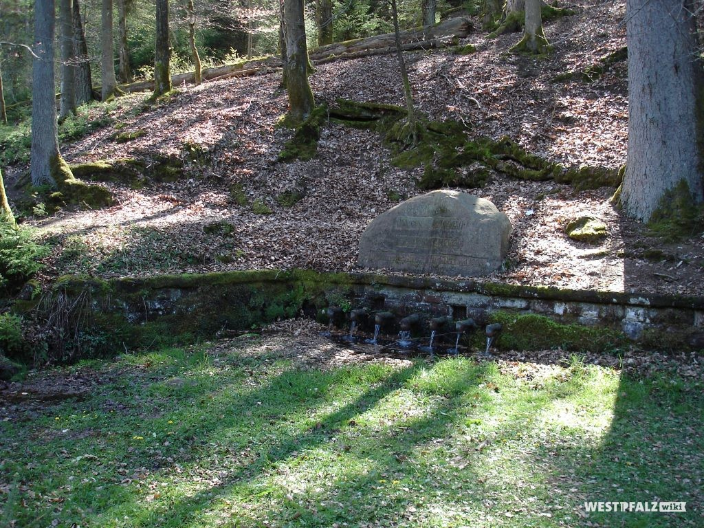 Vorplatz beim Ritterstein Nr. 188