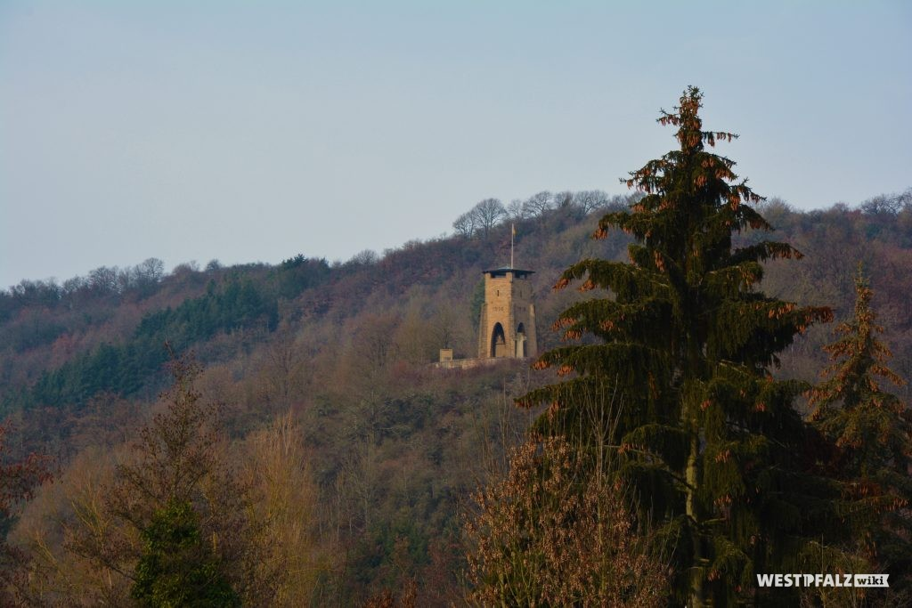 Kriegerdenkmal auf dem Igelkopf bei Lauterecken
