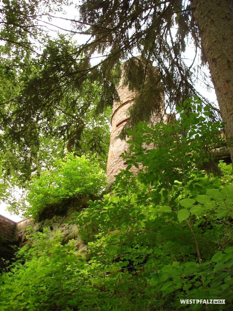 Turm der Burgruine Diemerstein