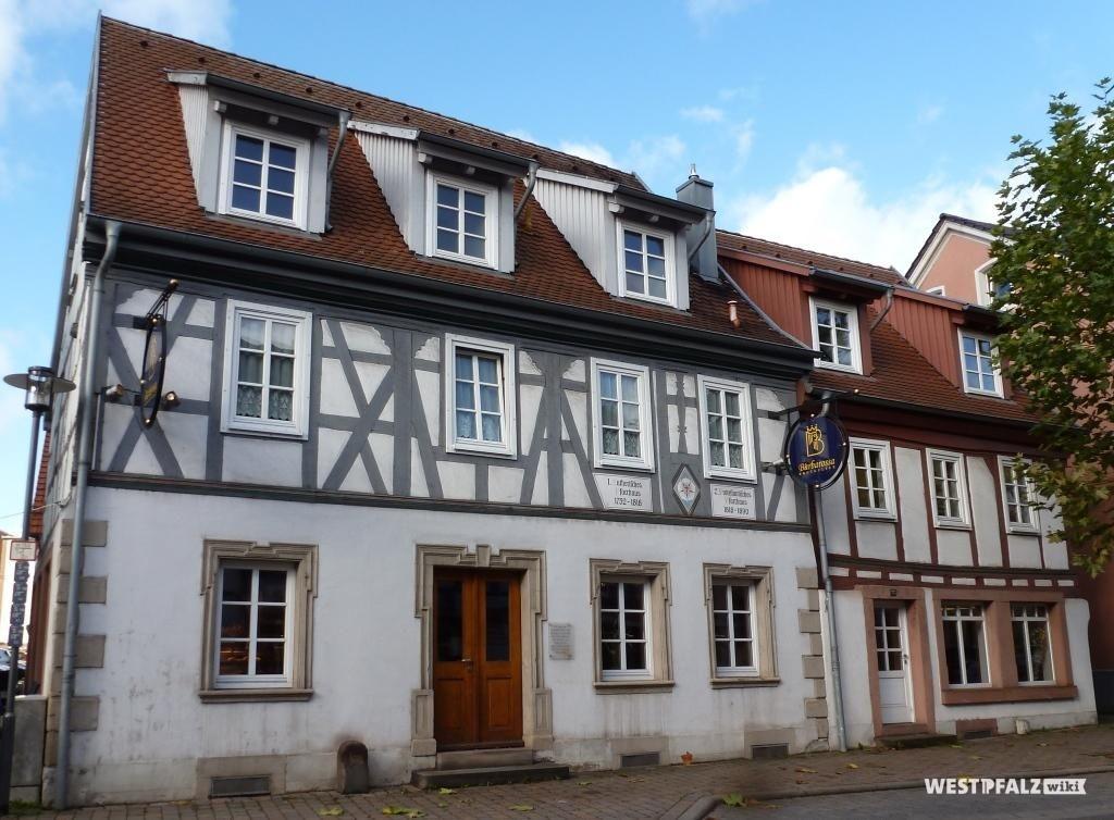 Ehemaliges lutherisches Pfarrhaus in Otterberg