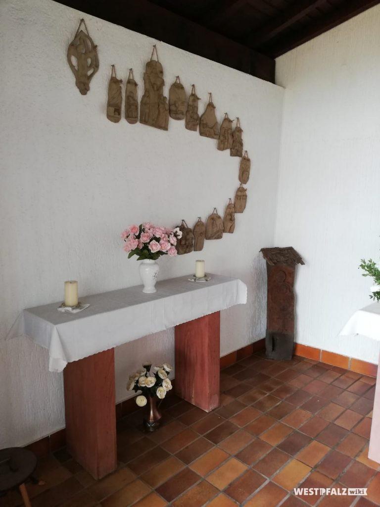 Seitenaltar n der linken Innenwand der Erlöserkapelle
