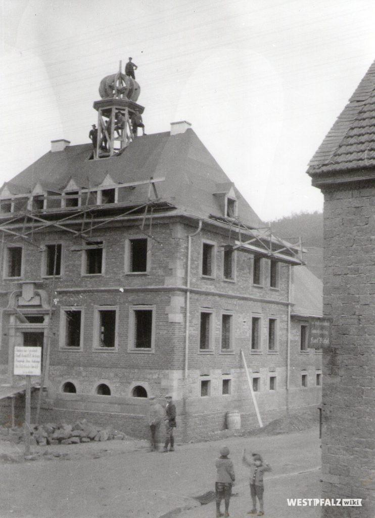 Am Zwiebelturm wird gearbeitet