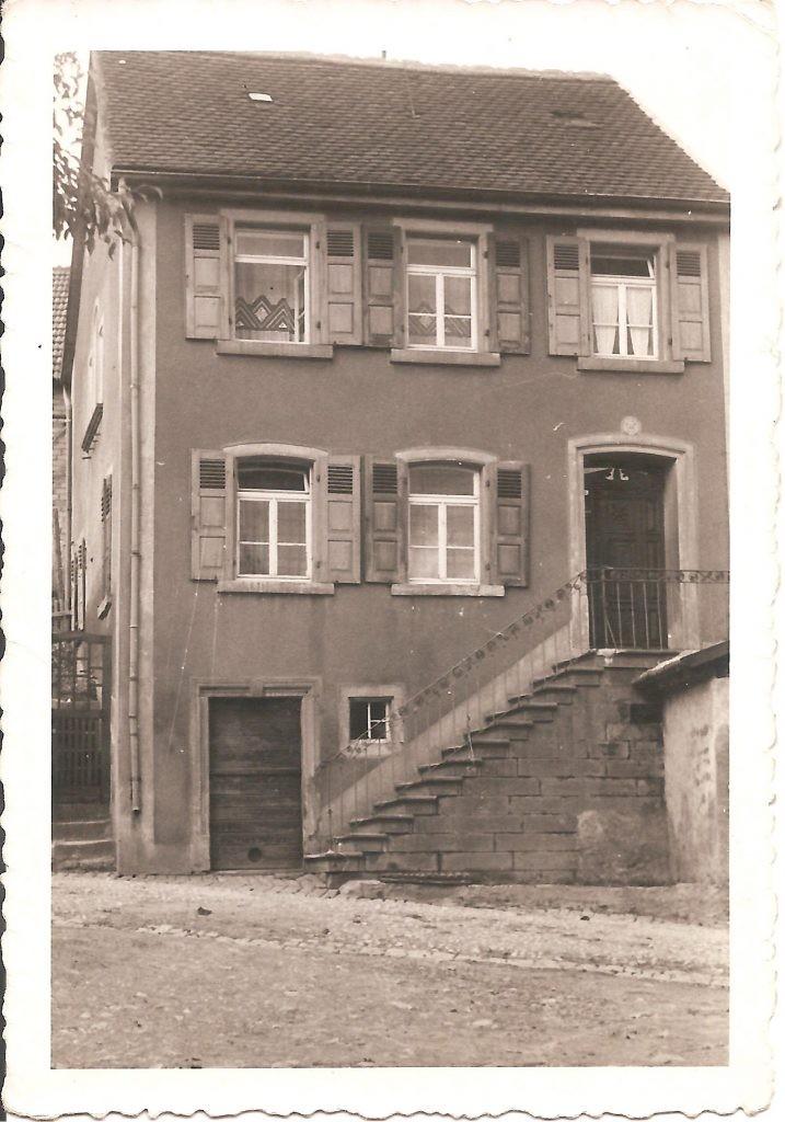 Historische Aufnahme des ehemaligen Musikantenhauses