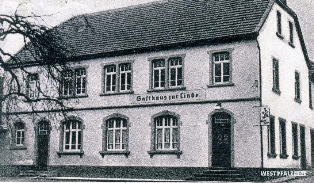 """Gasthaus """"Zur Linde"""" in Hinzweiler im Jahr 1959"""