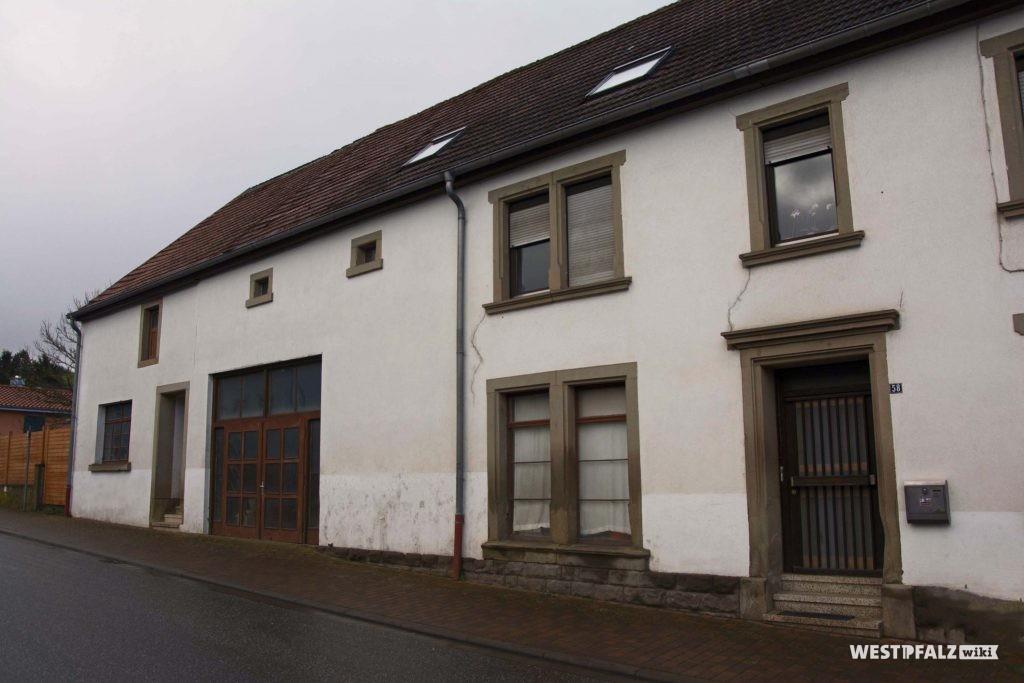 Ehemalige Schreinerei Köhler in der Hauptstraße von Hinzweiler