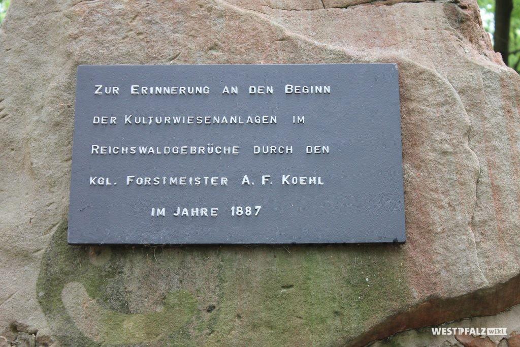 Inschrift des Denkmals
