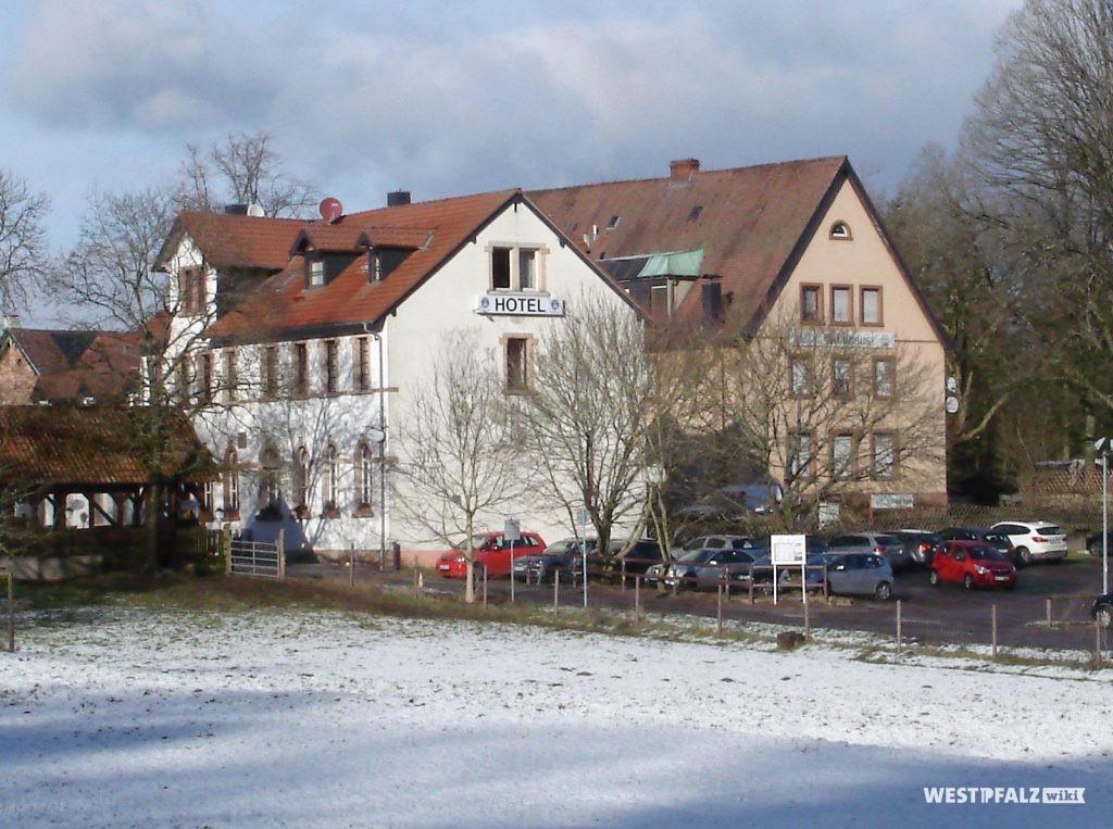 Bremerhof - beide Gebäude