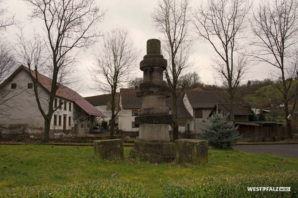 Dorfbrunnen in Hinzweiler