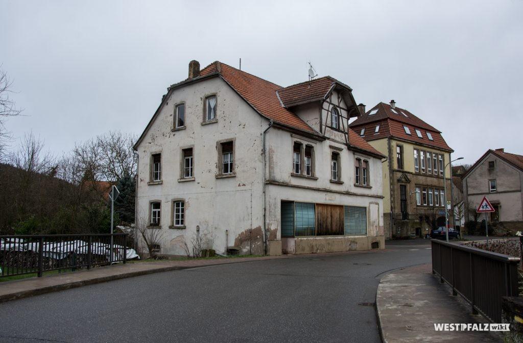 Ehemaliges Gast- und Warenhaus Cappel in Hinzweiler