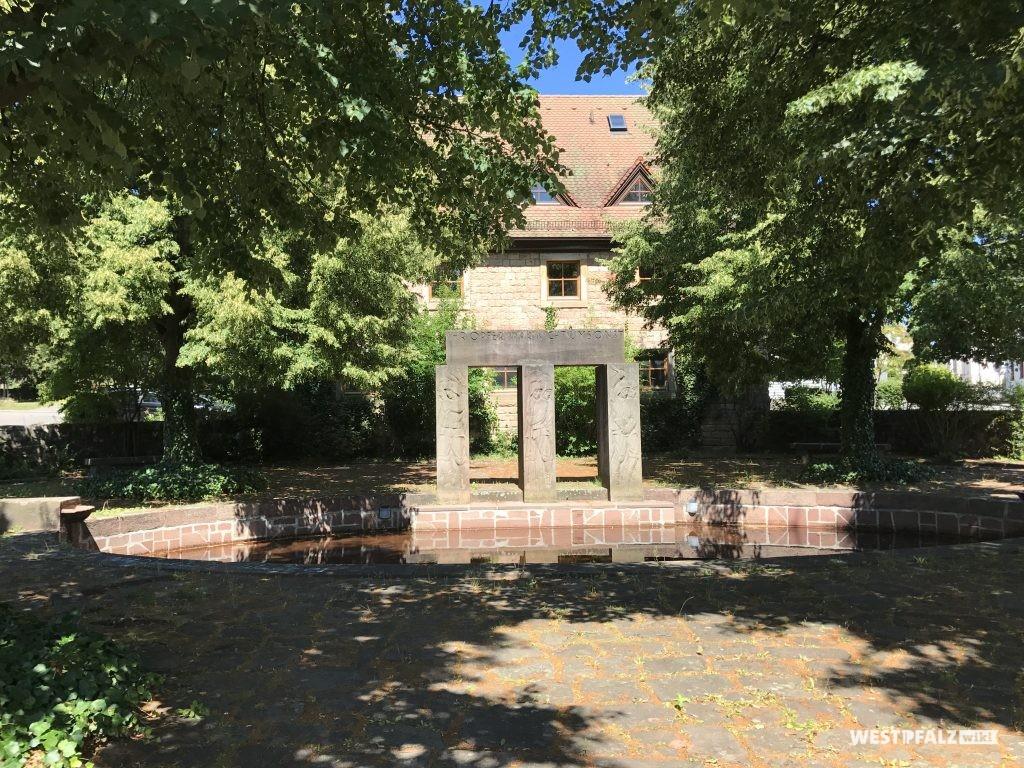 Kriegerdenkmal am Faselstall in Trippstadt
