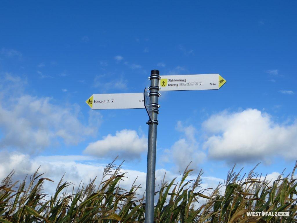 Hinweisschild zum Steinhauerweg