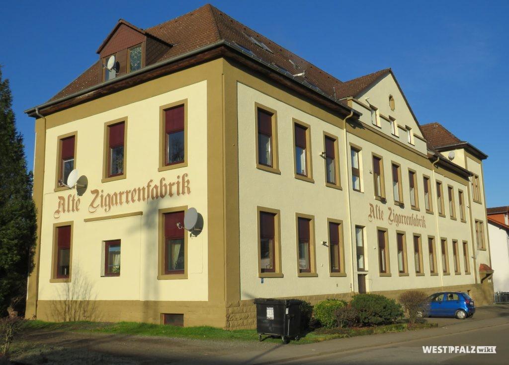 """Alte Zigarrenfabrik"" in Erfenbach"