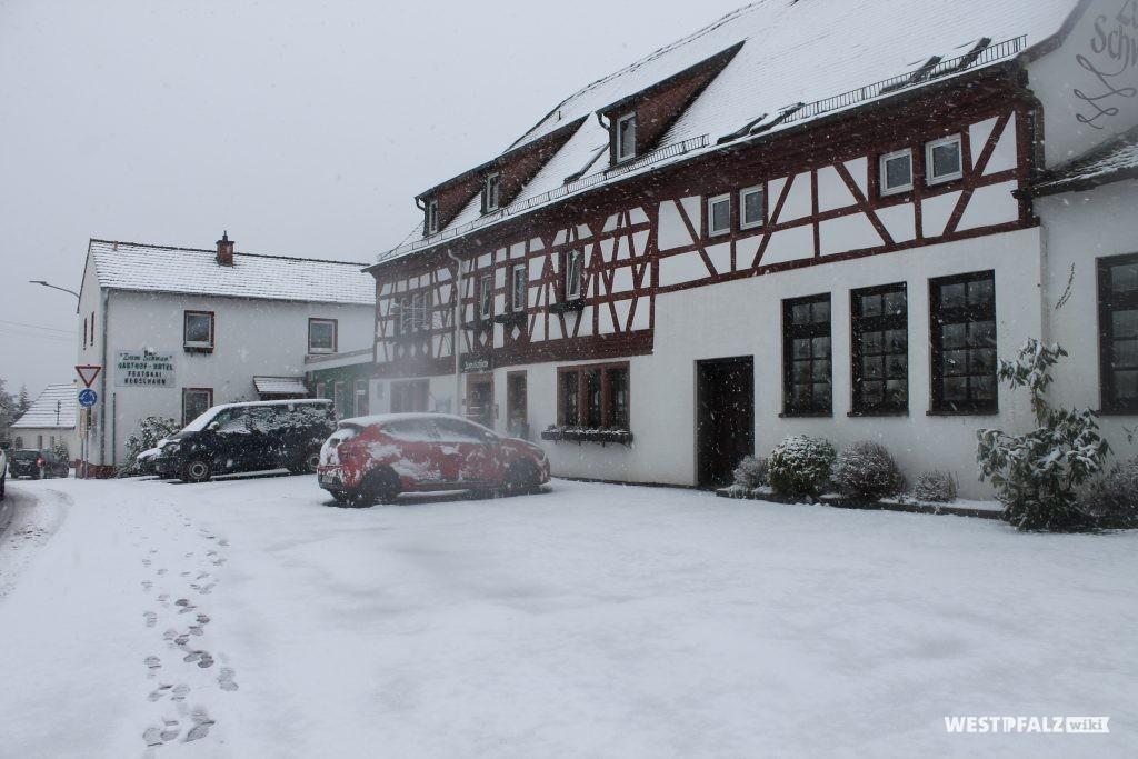 """Gasthaus """"Zum Schwan"""" in Trippstadt"""