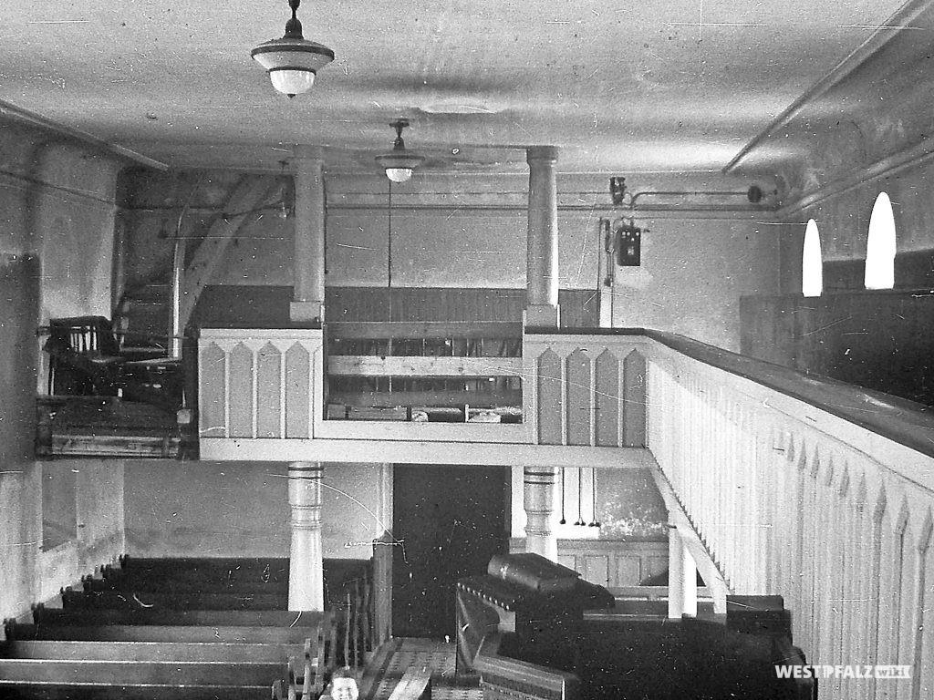 Protestantische Kirche - Arbeiten im Innenraum