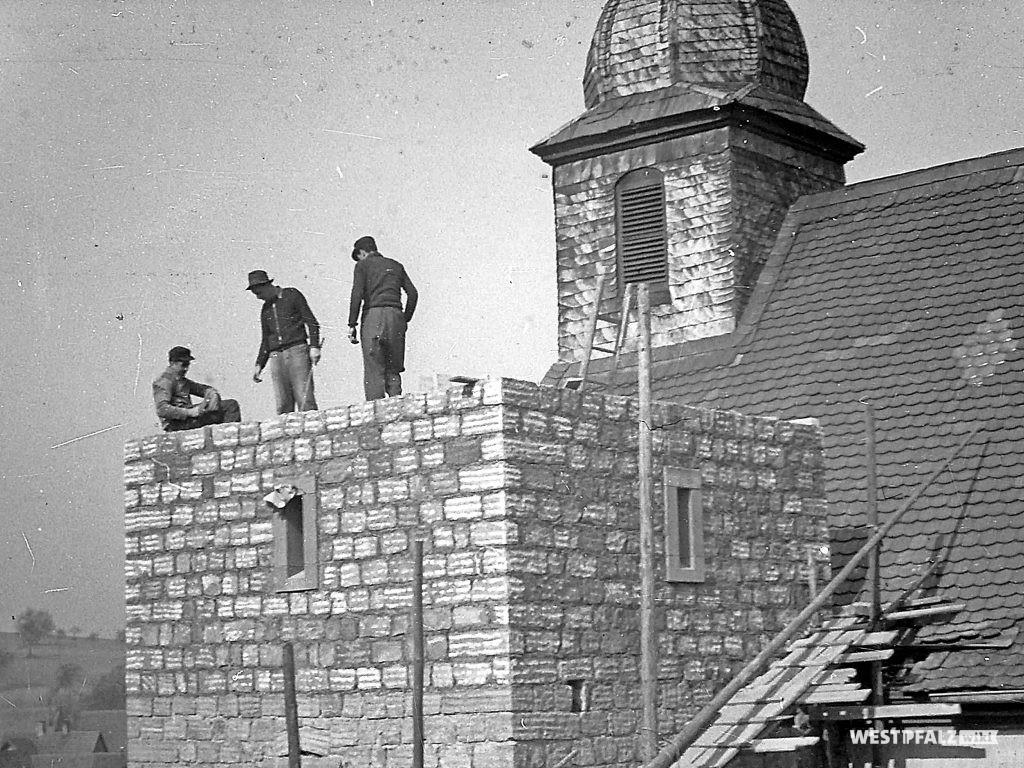 Protestantische Kirche - Neubau Kirchturm