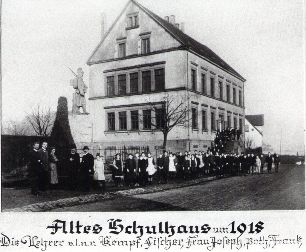 Ehemalige Volksschule in Erfenbach