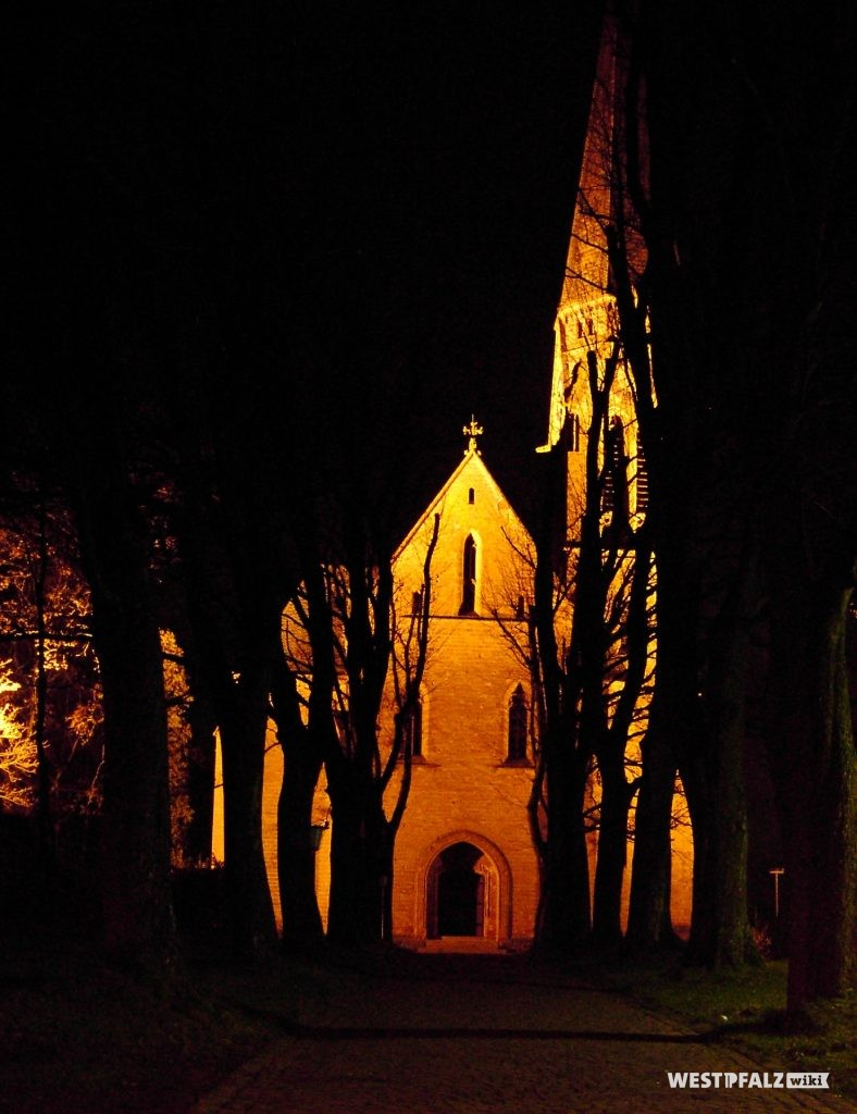 St. Laurentius Kirche bei Nacht