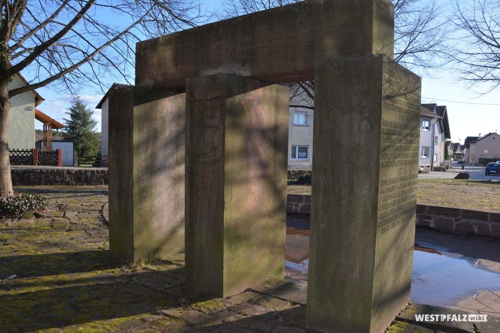 Kriegerdenkmal in Trippstadt