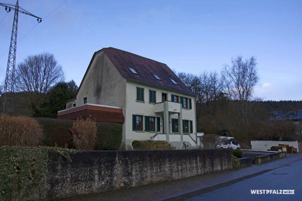 Altes Pfarrhaus in der Hauptstraße 50 in Hinzweiler