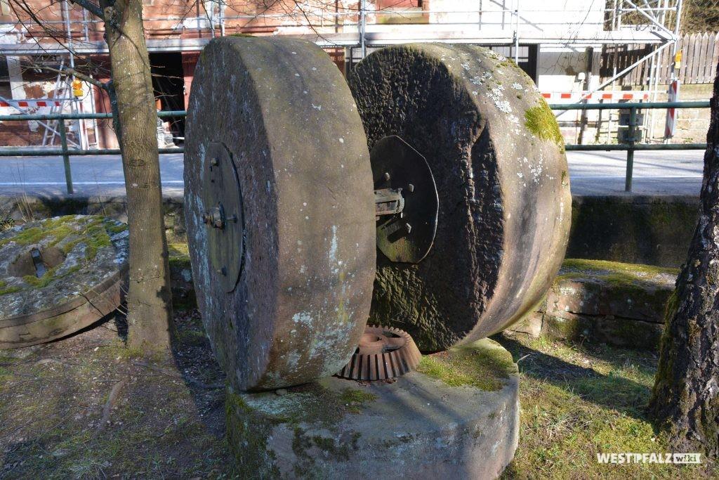 Ehemaliges Mühlrad bei der Klug'schen Mühle