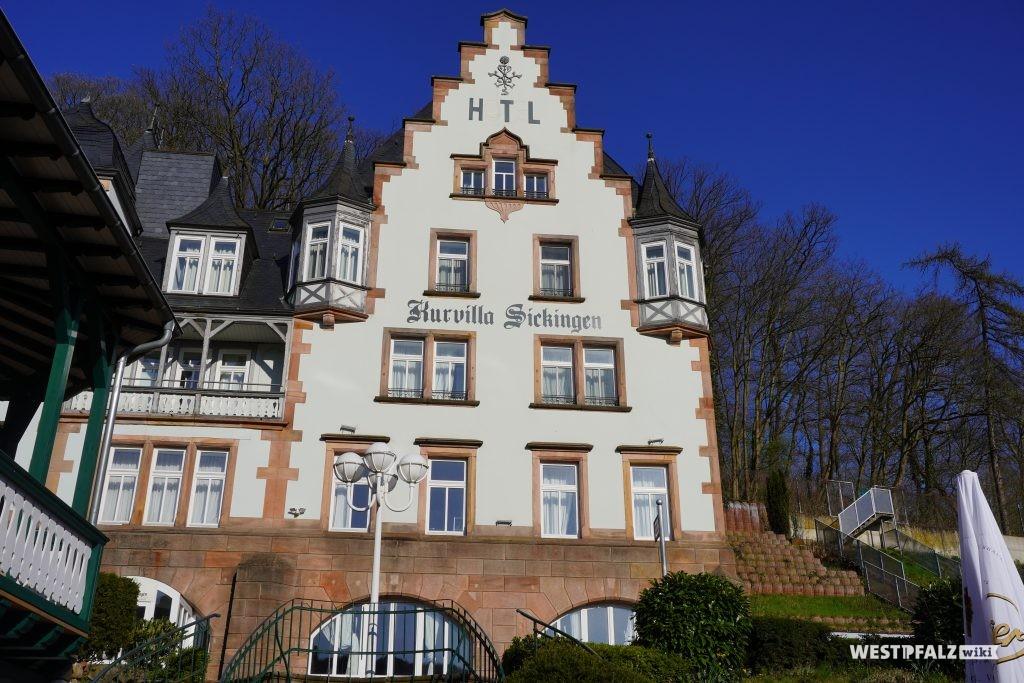 Kurvilla Gebäude des Moorbad Landstuhl