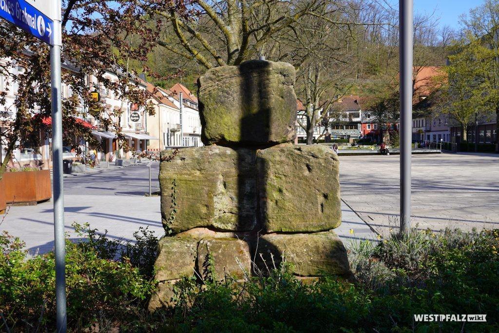 Ansicht auf die Sickinger Würfel von der Ludwigstraße aus