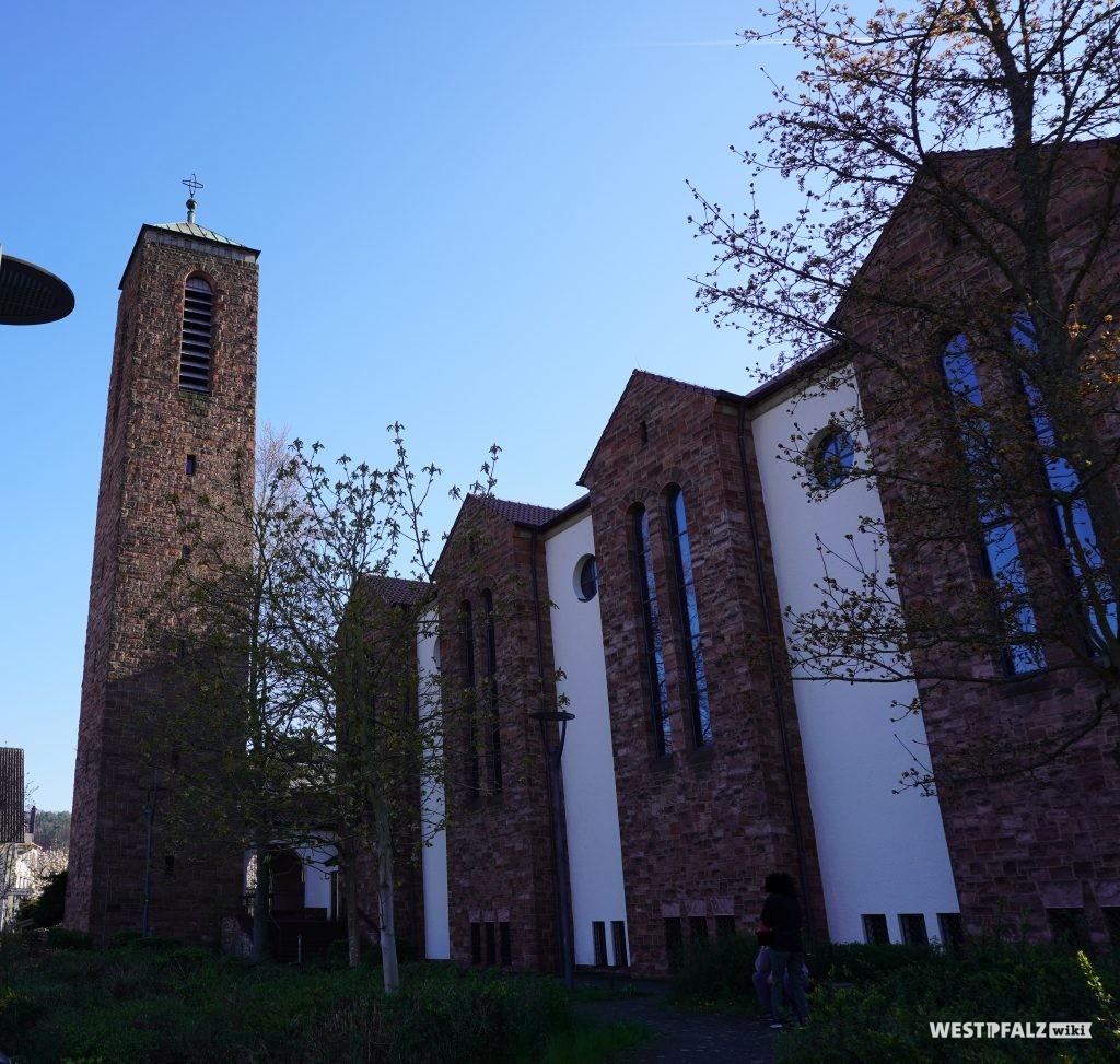 Katholische Pfarrkirche Heilig-Geist in Landstuhl