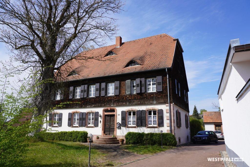 Protestantisches Pfarrhaus in Steinwenden