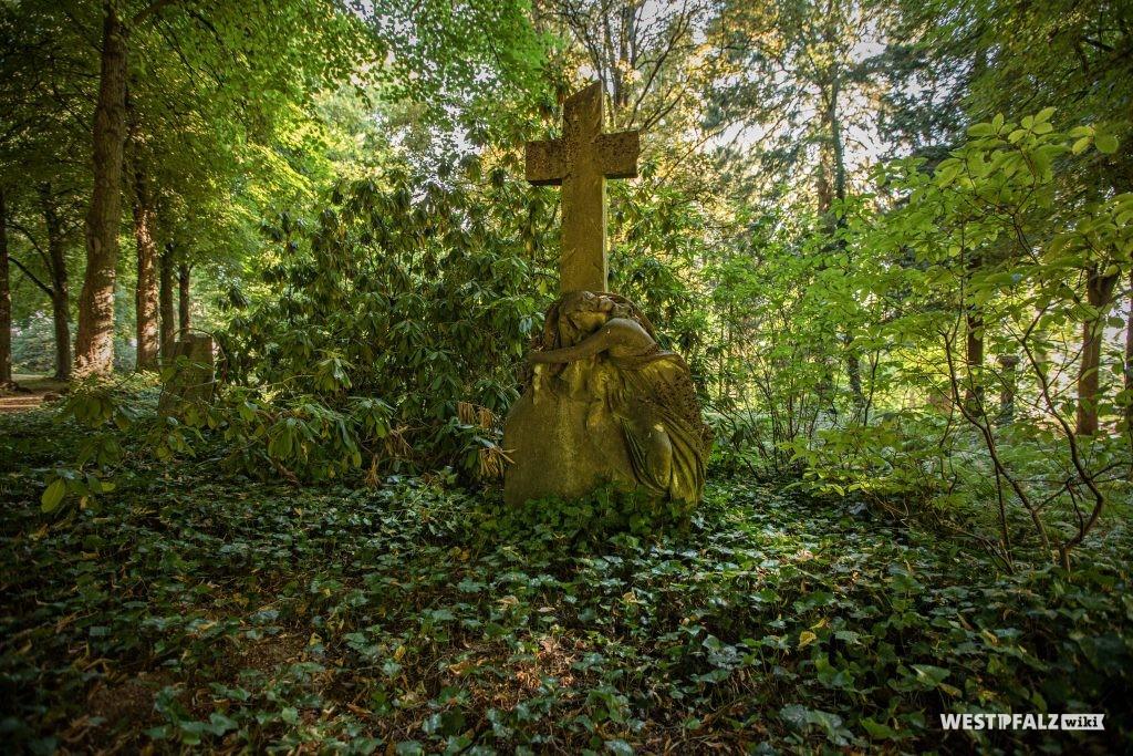 Grabmal auf dem Alten Friedhof in Pirmasens