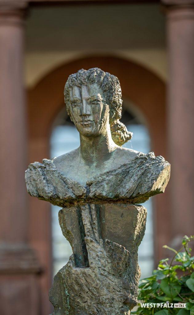 Stele der Landgräfin Caroline von Hessen-Darmstadt