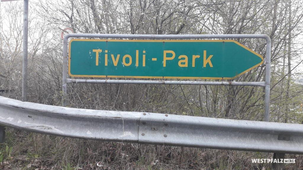 Zufahrtsschild zum Tivoli-Park