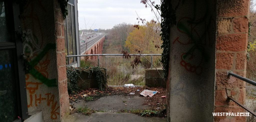 Blick vom ehemaligen Caesarpark auf die heutige A 6