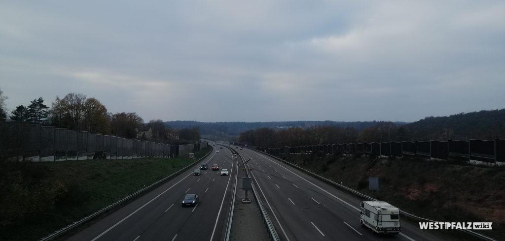 Überführung der heutigen Autobahn