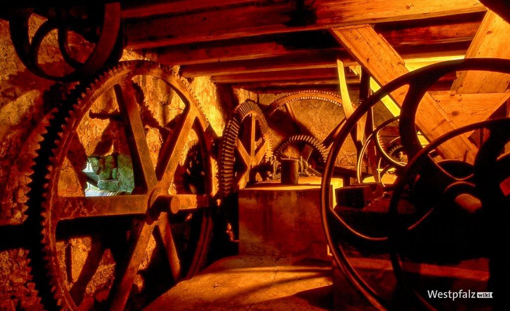 Mühlradgetriebe der Rosselmühle bei Thaleischweiler-Fröschen