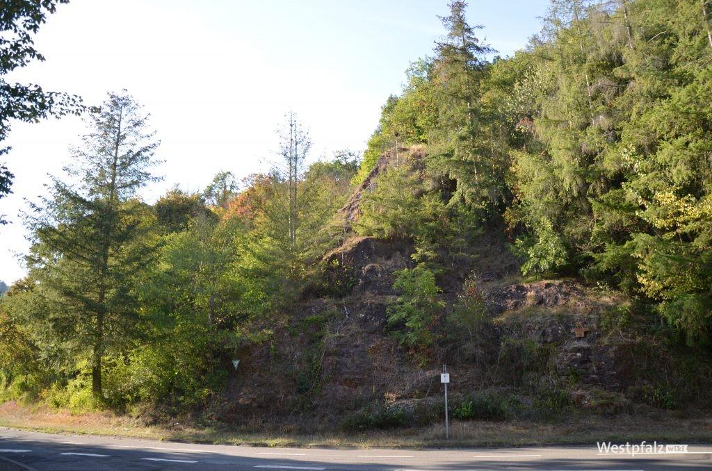 Blick auf die Felsen von der L 392
